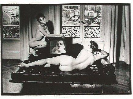Fotografía Newton - After Velazquez in my apartment French Vogue
