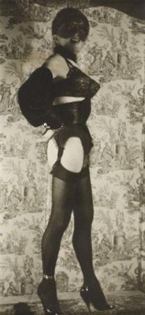 Fotografía Molinier - Autoportrait avec faux seins
