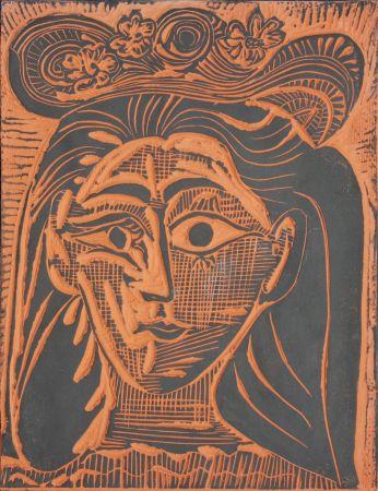Cerámica Picasso - Femme au Chapeau Fleuri (A.R. 521)