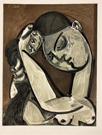 Litografía Picasso - Femme se coiffant 1955