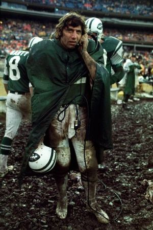 Fotografía Leifer - Joe Namath in the Mud