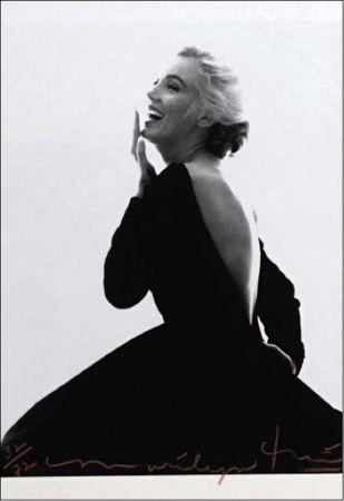 Múltiple Stern - Marilyn: Dior Dress (III)