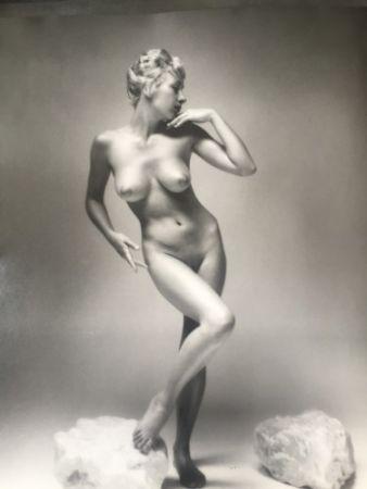 Fotografía De Dienes  - Nu à la pose
