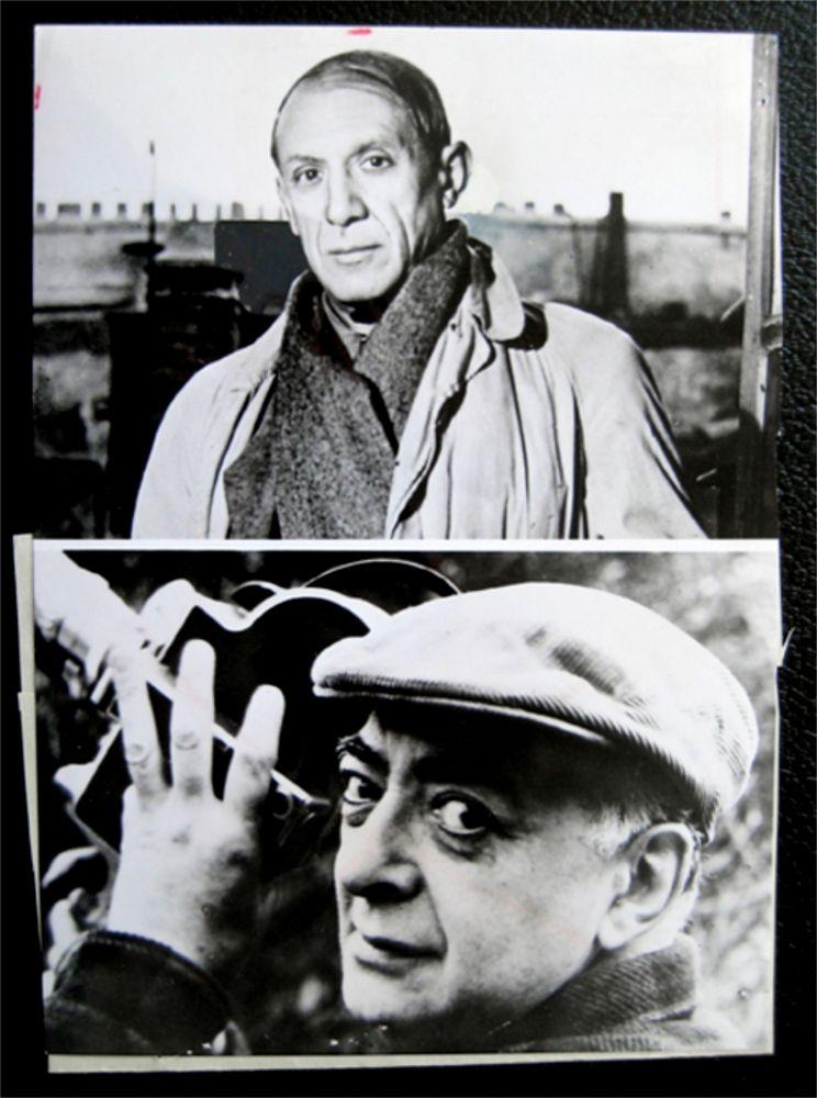 Fotografía Picasso - Picasso facing / Brassai holding his camera