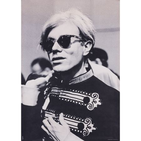 Cartel Warhol - Portrait d'Andy Warhol en costume d'officier