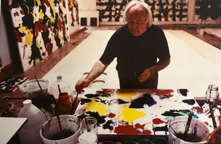 Fotografía Blum - Sam Francis in his studio