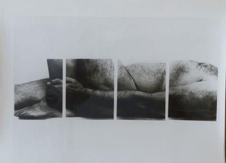 Fotografía Coplans - Selfportrait lying figure, holding leg, four panels
