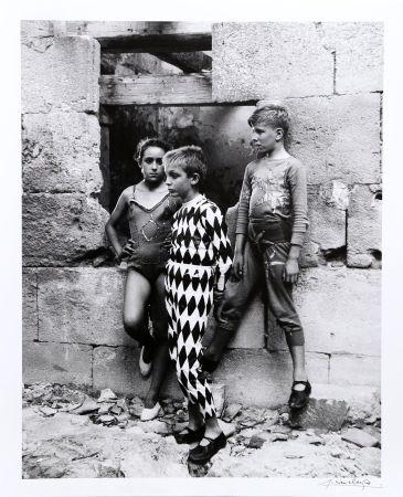 Fotografía Clergue - Trio de Saltimbanques, Arles